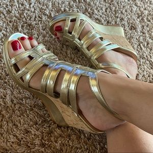 Gold Wedges, Size 8